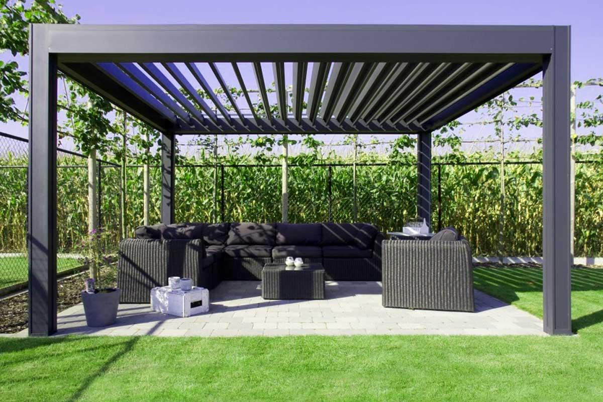 Décoration jardin d'une maison neuve + pegola