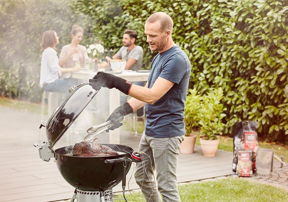 Barbecue jardin maison neuve