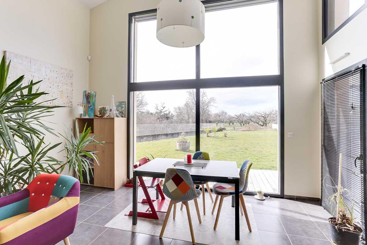 Installer baie vitrée maison neuve ou à construire